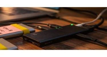 """""""Sony"""" korporasiyası dünyada ən sürətli """"USB-C"""" habını təqdim edib"""
