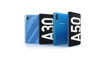 """Yeni """"Samsung"""" smartfonları təqdim edilib"""