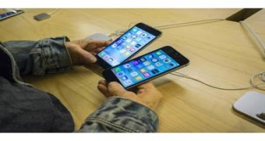 """""""Apple"""" ucuz """"iPhone"""" təqdim edəcək"""