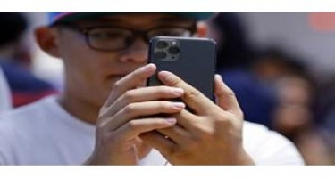 """Başqasının """"iPhone"""" modelini bloklayan üsul aşkarlanıb"""