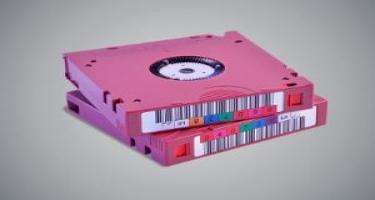 """""""Fujifilm"""" rekord tutuma malik lent daşıyıcı təqdim edib"""