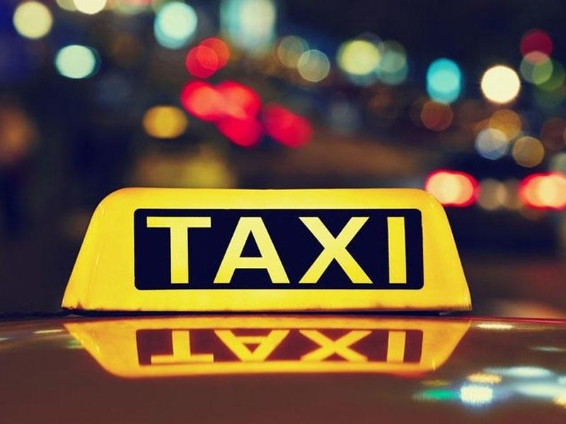 Ötən il 10 mindən çox taksi sürücüsünə icazə verilib