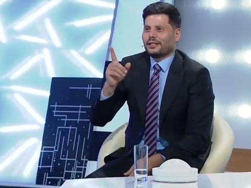 """Zaur Kamal ona bahalı hədiyyələr alan qadından danışdı: """"Məni evinə çağırdı..."""" - VİDEO"""