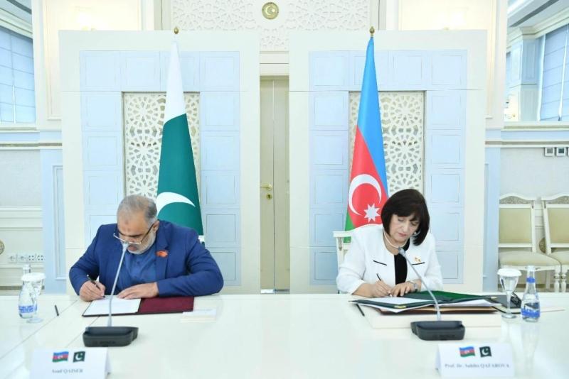 Bakıda Pakistan Milli Assambleyası ilə Anlaşma Memorandumu imzalandı - FOTO