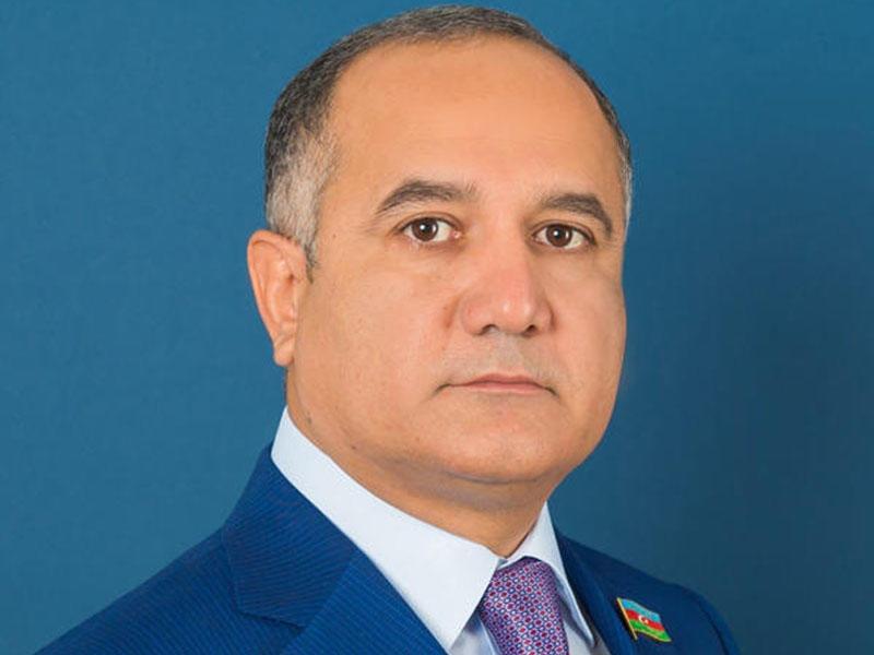 """Kamaləddin Qafarov: """"Ruhi xəstədən inciməzlər!"""""""