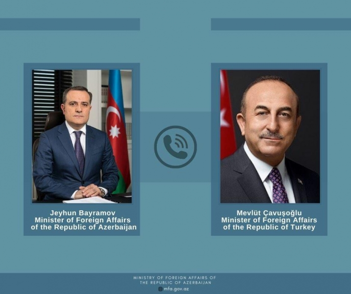 Ceyhun Bayramov Mövlud Çavuşoğlu ilə telefonla danışıb