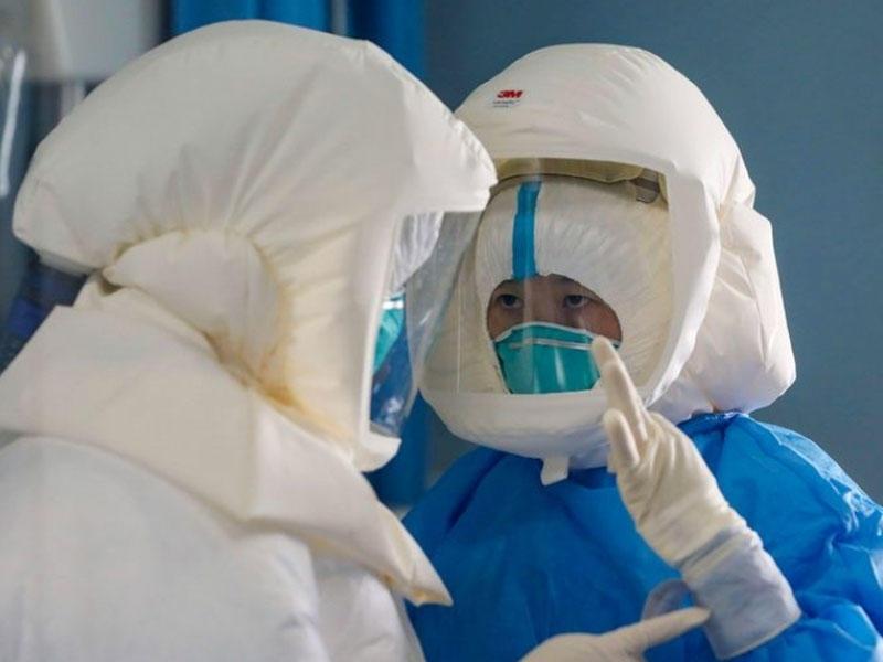Çində koronovirusla mübarizə aparan tibbi heyətin altı üzvü ölüb