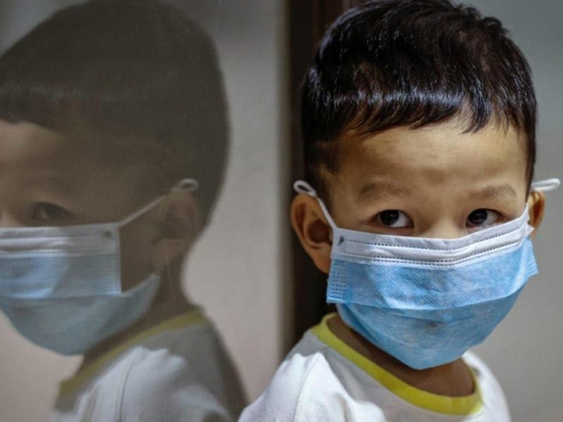 Uşaqlarda koronavirusun əlamətləri bunlardır - Həkim açıqladı