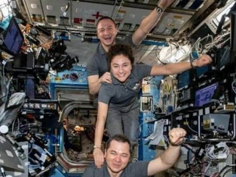 Kosmosda ən çox vaxt keçirən kosmonavt - 246 gün