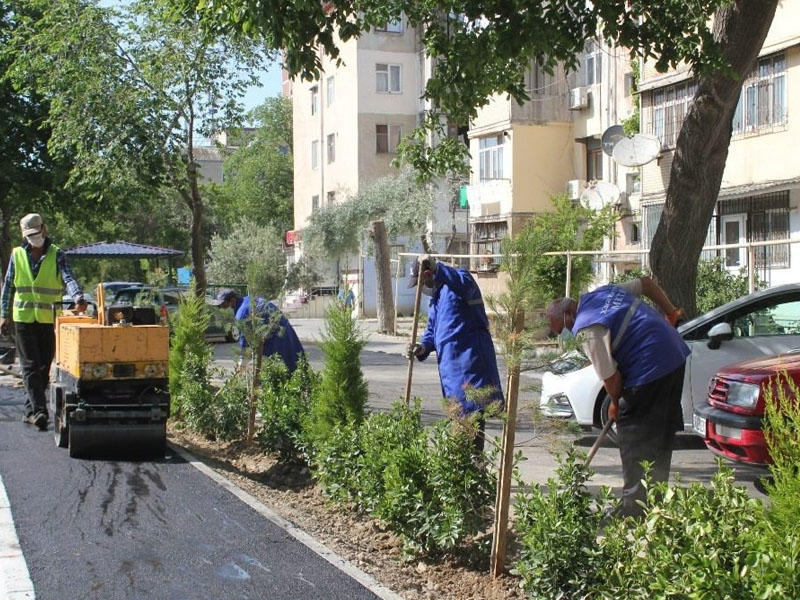 Bakının bu küçələrində təmir-yenidənqurma işləri aparılır - FOTO