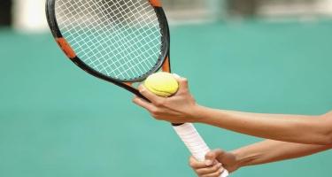 Ulduz tennisçi topu hakimə vurduğu üçün turnirdən kənarlaşdırıldı