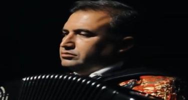 Hacı Nuran qarmon ifa etdi - VİDEO