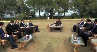 Ceyhun Bayramov Pakistanın Baş naziri ilə görüşüb