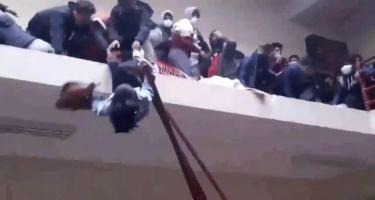 Universitetdə dəhşətli hadisə: 7 tələbə öldü, yaralılar var - VİDEO