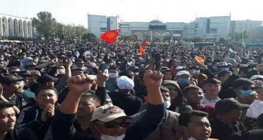 Qırğızıstanda yeni konstitusiyaya etiraz