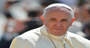 Papa Qarabağla bağlı dua etdi