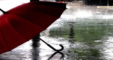 Bəzi yerlərdə şimşək çaxıb, arabir yağış yağıb - Faktiki hava