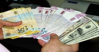 Banklar dollar satışına məhdudiyyət qoydu: Manat ucuzlaşacaq? - Ekspert - VİDEO
