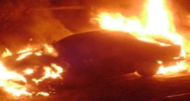 Kürdəmir rayonunda VAZ yanıb