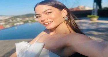 Dəniz mövsümünü açan Demetdən bikinili - VİDEO - FOTOlar