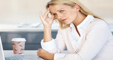Bu səbəblər yaşlıları depressiyaya salır