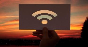 """""""Wi-Fi"""" şəbəkənizə mane ola biləcək 6 səbəb - ARAŞDIRMA"""