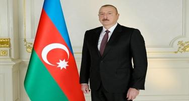 Prezident İlham Əliyev Naftalanda Ulu Öndərin abidəsini ziyarət edib