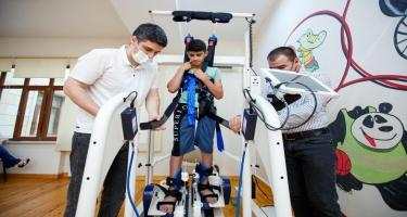 Uşaq Reabilitasiya Mərkəzində son nəsil reabilitasiya trenajoru istifadəyə verilib - FOTO