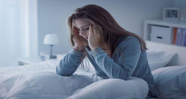 Depressiyanın qarşısını alacaq yeni metod tapıldı - Bir saat...