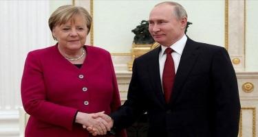 Merkel Rusiyaya səfər edəcək