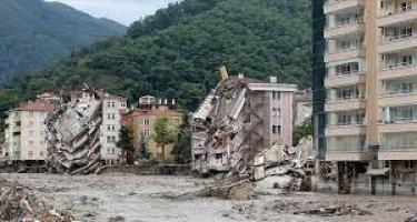 Türkiyədə sel qurbanlarının sayı 62 nəfərə çatıb