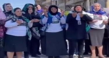 Alim Qasımov Şuşada Azan oxudu, şəhid anaları ağladı - VİDEO