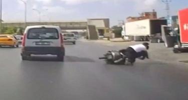 Motosikletin qəza anı - Anbaan VİDEO