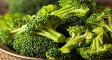 Brokoli - az kalorili, lakin çox xeyirli tərəvəz