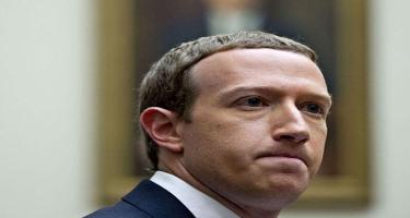 """Facebook""un qurucusu iki saata 6,6 milyard dollar itirib"