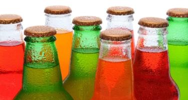 Qazlı içkilər dişlərə necə təsir edir?