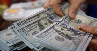 Azərbaycanda banklar dollar qəbulunu dayandırdı