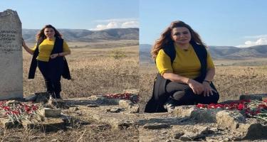 28 il sonra ata və bacısının məzarını ziyarət etdi - FOTO