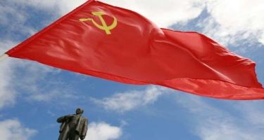 Ukraynada sovet bayrağı gəzdirən şəxsə hökm oxundu
