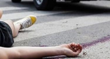 Məktəblini maşın vurdu - 15 yaşlı qız öldü