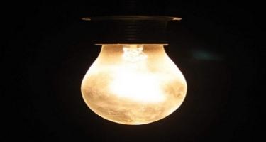 Venesuelada elektrik enerjisi və internet kütləvi kəsildi