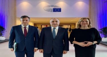 Elmar Məmmədyarov Avropa Parlamentinin komitə sədri və Azərbaycan üzrə daimi məruzəçi ilə görüşüb