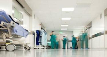 Koronavirusa görə xəstəxanaya yerləşdirilənlərlə bağlı RƏSMİ AÇIQLAMA
