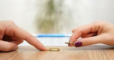 Boşanmaların artım səbəbi: Günah, yoxsa zərurət?