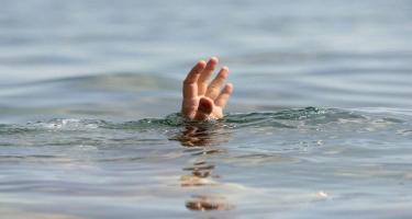 Göyçayda 10-cu sinif şagirdi kanalda batıb