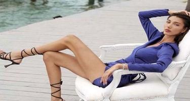 Türkiyə gözəli bikinili FOTOsu ilə gündəm oldu