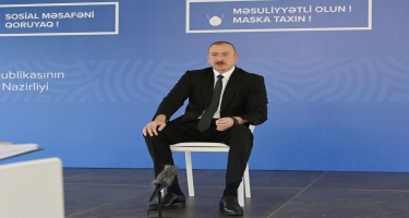 Prezident İlham Əliyev: Bu gün neftin qiymətinin düşməsinə sevinən bir Ermənistandır, bir də özünü müxalifət adlandıran antimilli şura