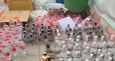 Bərdədə saxta alkoqollu içkilər istehsal edən müəssisə aşkarlandı -  FOTO