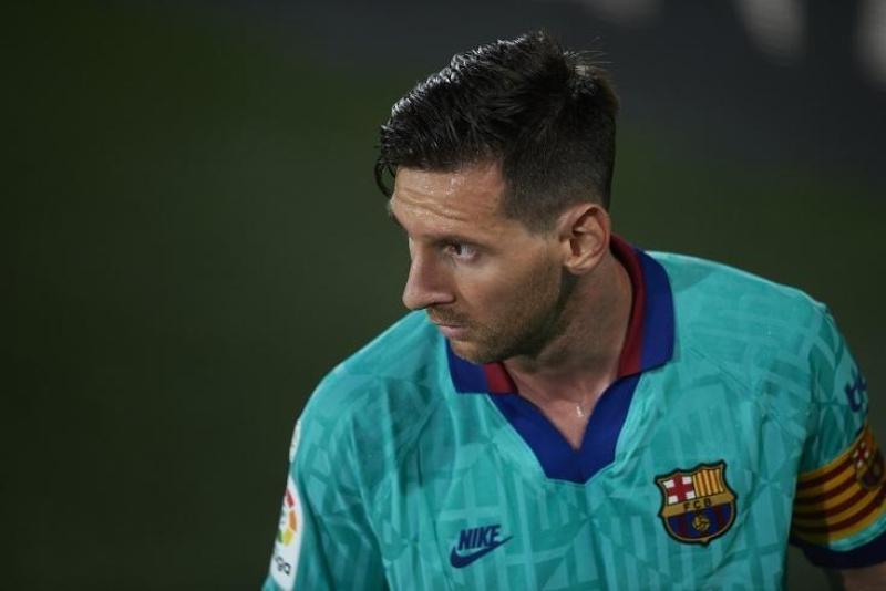 Messi 3 oyunu buraxa bilər