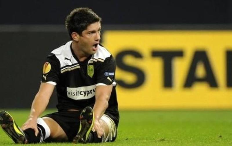 Serbiyalı futbolçu intihar etdi